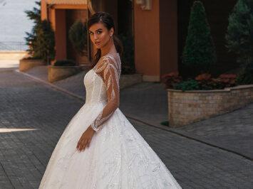 У листопаді відбудеться реліз нової колекції весільних суконь Power of Passion 2021 від бренду Anna Sposa